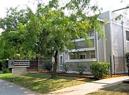 Amberwood Apartments - Carmichael