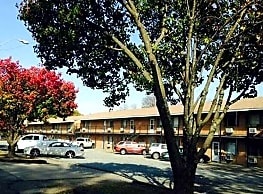 Jeanne Estates Apartments - Fort Smith