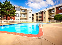 Eagle Crest Apartments - Oklahoma City