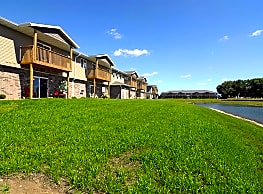 Spring Lake Apartments (WI) - Beaver Dam