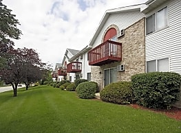 Quail Hollow Apartments - Greenfield