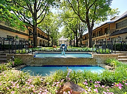 French Villa Apartments - Tulsa