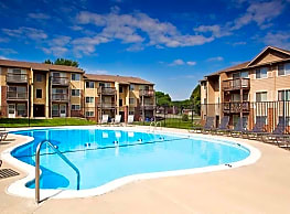 Briarwood By Broadmoor Apartments Omaha Ne 68127