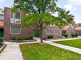 Oakview Apartments - Millville
