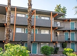 The Colonnade Apartment Homes - Phoenix