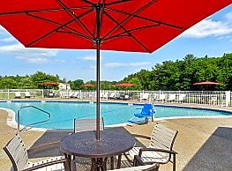 Bay Ridge at Nashua Apartments - Nashua