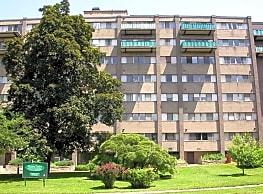 Victoria Towers - Meriden