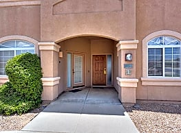 4757 S Tropicana Dr - Green Valley