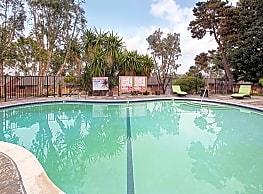 Las Palmas Apartments - Vista