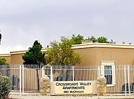 Crossroads Valley Apartments - El Paso