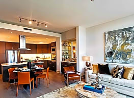 Apartments at University Heights - San Antonio