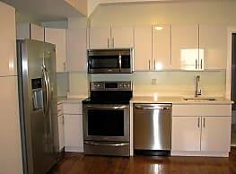 Bulldog Apartments - New Haven
