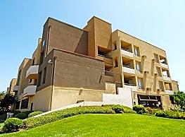 16550 Vanowen St - Los Angeles