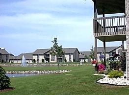 Silver Springs Apartments - Appleton
