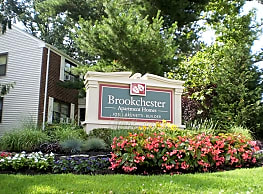 Brookchester Apartments - New Milford