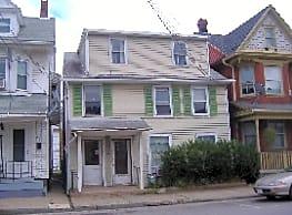 144 N 4th St - Sunbury