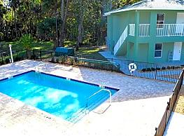 Grand Oaks Apartments of NSB - New Smyrna Beach