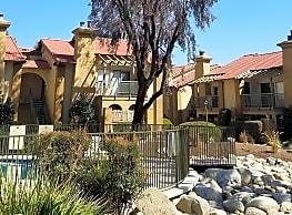 Villa Sienna - Bakersfield