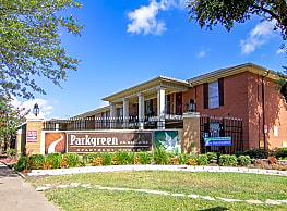 Parkway & Parkgreen at Bellaire - Houston
