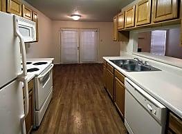 Sherwood Place Apartments - Baton Rouge