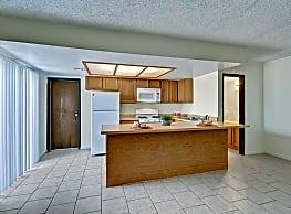 Leisure Estates - Midland
