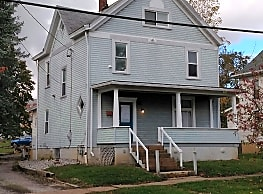 462 S 7th St - Indiana