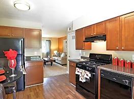 Bedford Park Apartments - Atlanta