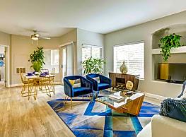 Aviata Luxury Apartments - Las Vegas