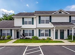 Adams Village Apartments & Townhomes - Bloomington