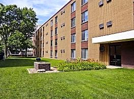 Inez Apartments - Madison