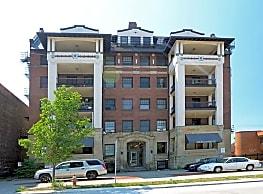 Stockbridge Apartments - Cleveland