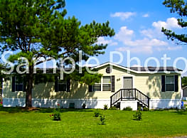 2 bedroom, 2 bath home available - Fort Pierce
