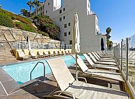 1900 Ocean Beach Club - Long Beach