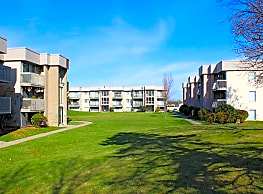 Peachtree Apartments - Clinton Township