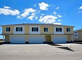 Shadow Creek Townhomes - West Fargo