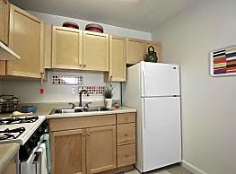 Lexington Park Apartments - Indianapolis