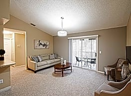Pinewood Park Apartments - Kissimmee