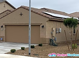 Beautiful 3 bed/2 bath Home in Olive Park w/ SOLAR - Peoria