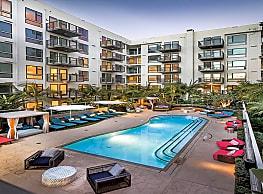 Broadstone Makers Quarter - San Diego