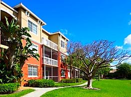 Vista Lago Apartments - West Palm Beach