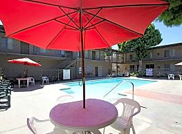 Parkside La Palma - Anaheim