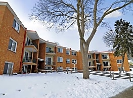 Windsor Court Apartments - Robbinsdale