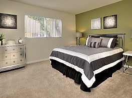 Creekside Gardens Apartments - Vacaville