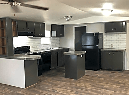 2 bedroom, 2 bath home available - Fort Worth