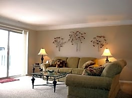 Tree Top Meadows Apartments - Novi
