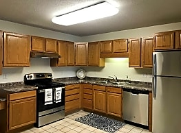 Pinehurst Apartments - Fargo