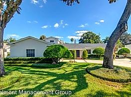 4 br, 4 bath House - 2715 Middlesex Road - Orlando