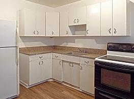 The Rockingham Apartments - Rancho Cordova