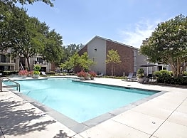 Raintree Apartments - Shreveport