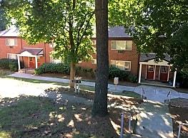 Cherry Hill Apartments - Boonton